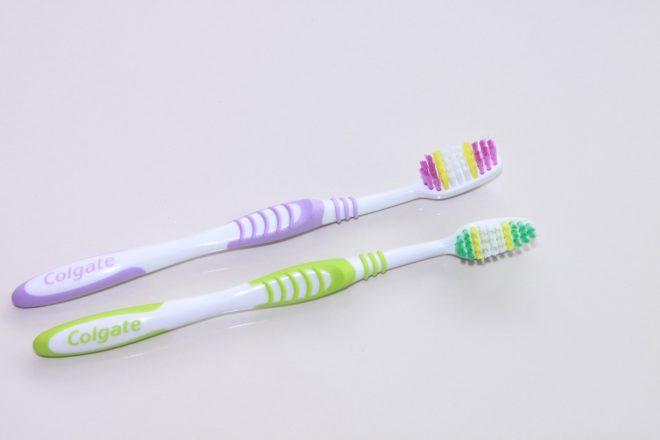 انواع فرشاة الأسنان